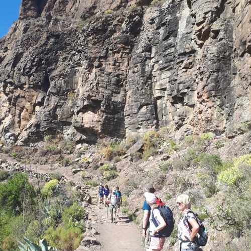 Underneath the rocks - walking in Gran Canaria