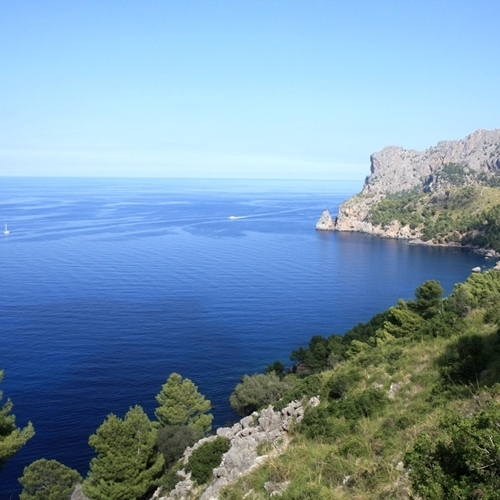 Guided walking in Majorca - blue seas, super coast line