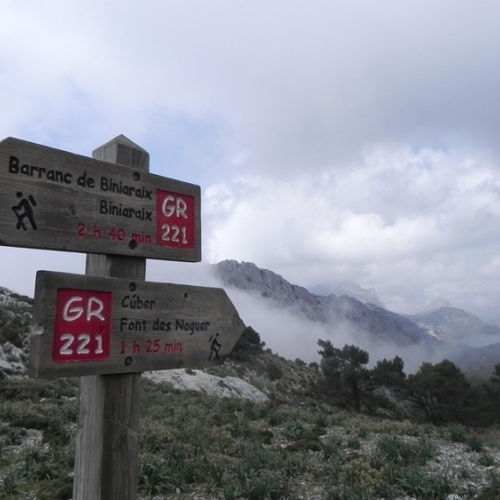 Guided walking in Majorca - GR221 sign post